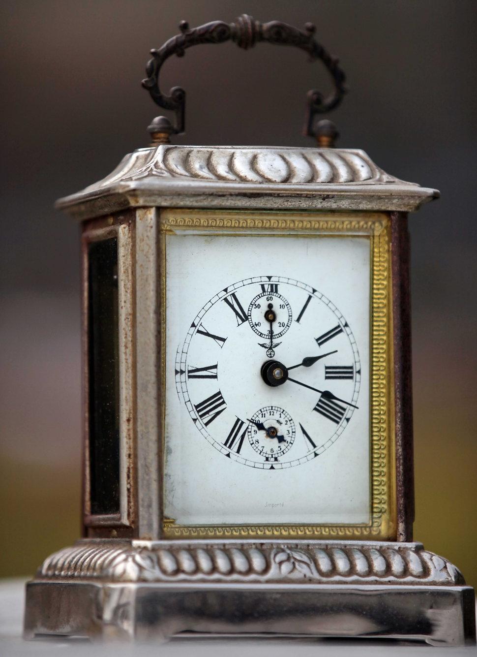 Ключ для каретных часов купить куплю копию часов известных марок